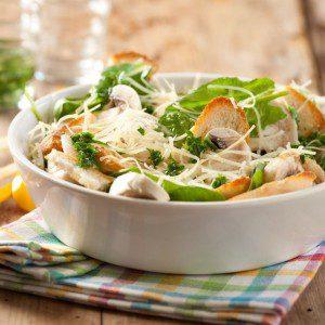 ens de espinacas champi y parmesano