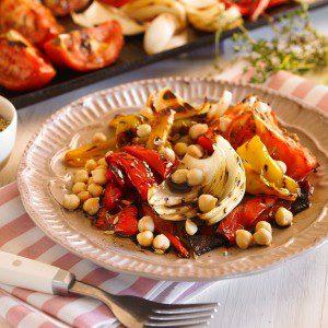 ensalada de vegetales con garbanzo baja