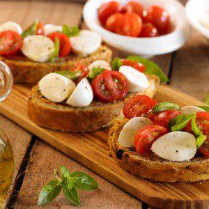 pan de tomate y aceitunas negras baja