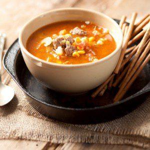 sopa de vegetales y carne
