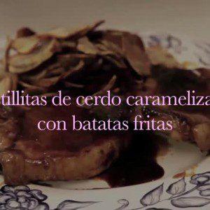 Costillitas de cerdo caramelizadas con batatas fritas